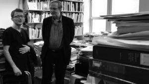 Alexandre Gurita avec Robert Storr dans son bureau à Yale School of Art en 2011 lors de la Biennale de Paris à New York en 2011, Par Sylvie Chan Liat