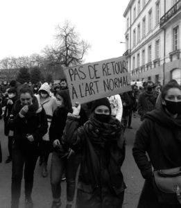 Pendant la manifestation pour la réouverture des lieux culturels à Nantes, le 19 janvier 2021. Photo: Jacques Rivet